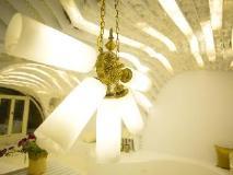 Gold Hotel: interior