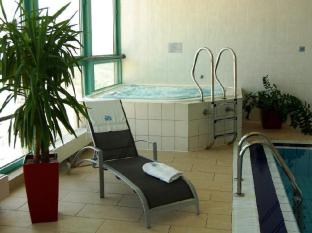 Panorama Hotel Prague Prague - Hot Tub