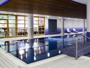 Clayton Hotel Cardiff Lane Dublin - Swimming Pool