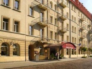 /hotel-hetman/hotel/warsaw-pl.html?asq=jGXBHFvRg5Z51Emf%2fbXG4w%3d%3d