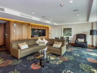 Skycity Grand Hotel Auckland - Guest Room