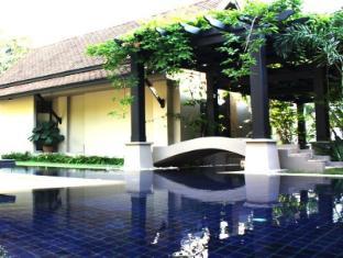 โรงแรมมนตรา เกาะสมุย - สระว่ายน้ำ