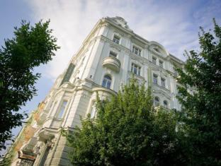 /mamaison-hotel-riverside-prague/hotel/prague-cz.html?asq=jGXBHFvRg5Z51Emf%2fbXG4w%3d%3d