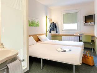 /ibis-budget-versailles-chateau/hotel/saint-cyr-l-ecole-fr.html?asq=jGXBHFvRg5Z51Emf%2fbXG4w%3d%3d
