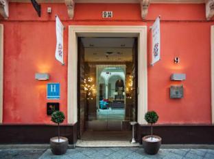 /fi-fi/petit-palace-marques-santa-ana/hotel/seville-es.html?asq=vrkGgIUsL%2bbahMd1T3QaFc8vtOD6pz9C2Mlrix6aGww%3d