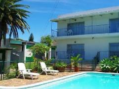 Aqua Marine Guest House   Cheap Hotels in Port Elizabeth South Africa