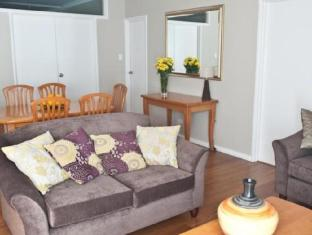Mont Clare Boutique Apartments Perth - Apartment Lounge Area