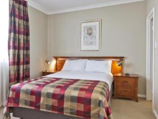 Mont Clare Boutique Apartments Perth - Bedroom