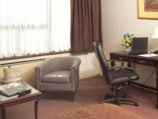 Best Western Primrose Hotel Downtown Toronto (ON) - Suite Room