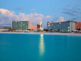 /de-de/krystal-cancun/hotel/cancun-mx.html?asq=vrkGgIUsL%2bbahMd1T3QaFc8vtOD6pz9C2Mlrix6aGww%3d