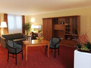 Atlas City Hotel Budapest - Guest Room