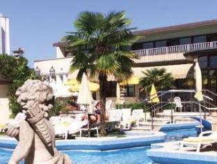 /hotel-universal-terme/hotel/abano-terme-it.html?asq=jGXBHFvRg5Z51Emf%2fbXG4w%3d%3d