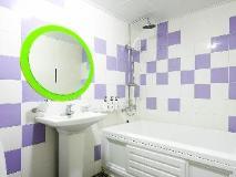 O2 Motel: hot tub