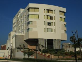 /dhanalakshmi-srinivasan-hotel/hotel/perambalur-in.html?asq=jGXBHFvRg5Z51Emf%2fbXG4w%3d%3d