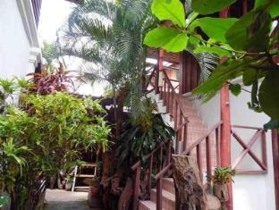 Sisombath House