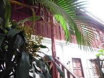 Sisombath House: exterior
