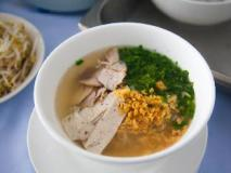 Douangchan Plaza Hotel: food and beverages