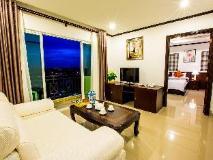 Douangchan Plaza Hotel: suite room