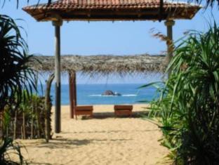 /ravana-beach-cabins/hotel/hikkaduwa-lk.html?asq=5VS4rPxIcpCoBEKGzfKvtBRhyPmehrph%2bgkt1T159fjNrXDlbKdjXCz25qsfVmYT