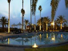 Luston Hotel
