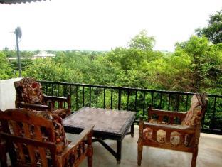 Siyapura Sky View Hotel