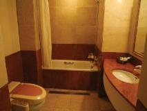 Daekuk Isleinn Hotel: bathroom