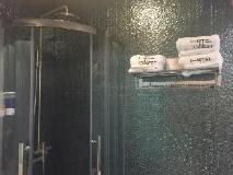 Hotel Conext: bathroom