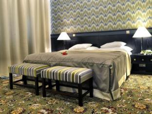 Hotel Savoy Prague - Guest Room