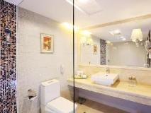 Casa Real Hotel: bathroom