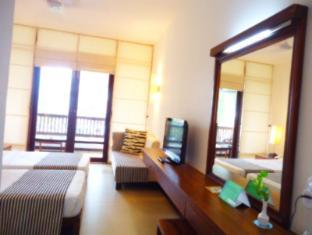 Goldi Sands Hotel Negombo - Standard Room Interior