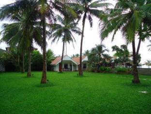 Goldi Sands Hotel Negombo - Garden
