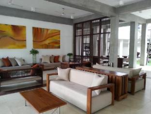 Goldi Sands Hotel Negombo - Lobby