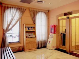 Capital Hotel Arena Taipei - Interior
