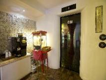 M Hotel: interior