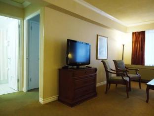 /capital-hill-hotel-suites/hotel/ottawa-on-ca.html?asq=vrkGgIUsL%2bbahMd1T3QaFc8vtOD6pz9C2Mlrix6aGww%3d