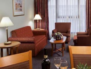 Grand Court Hotel Jerusalem - Gästezimmer