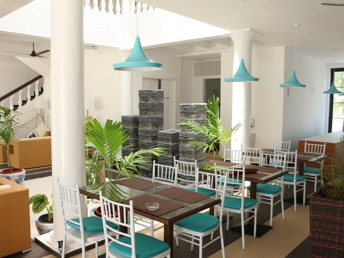 Crystal Sands Beach Hotel77