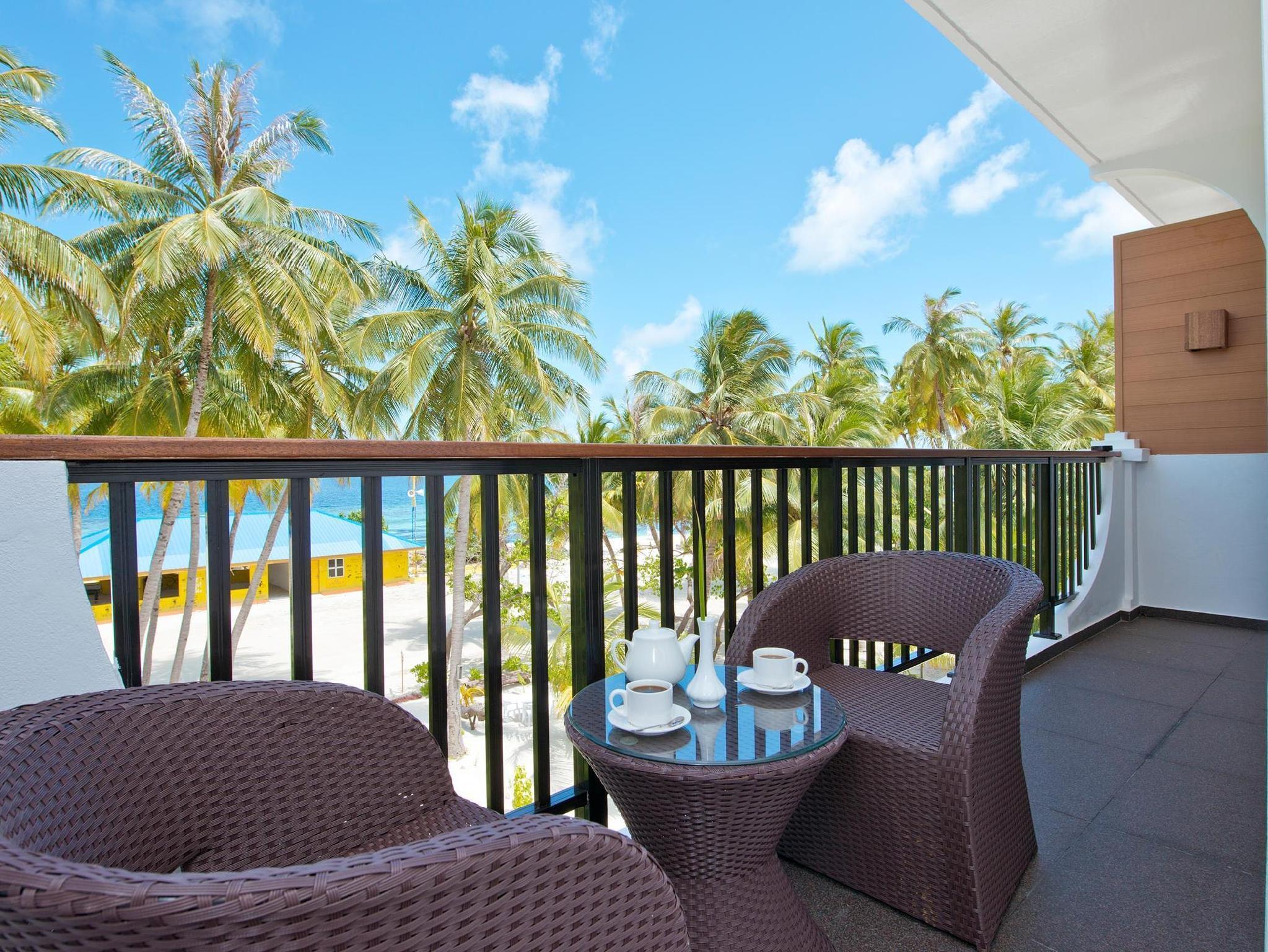 Crystal Sands Beach Hotel3