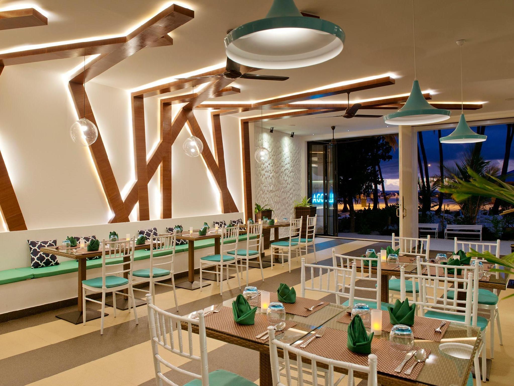 Crystal Sands Beach Hotel13
