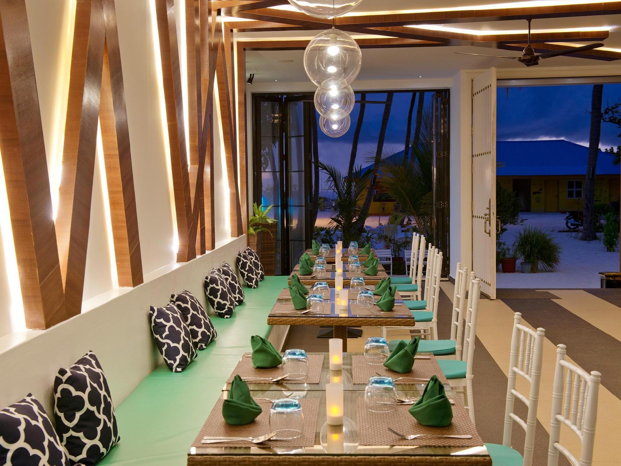 Crystal Sands Beach Hotel14