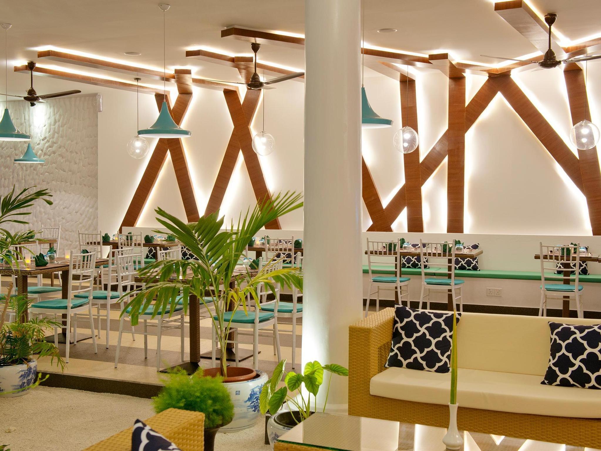 Crystal Sands Beach Hotel64
