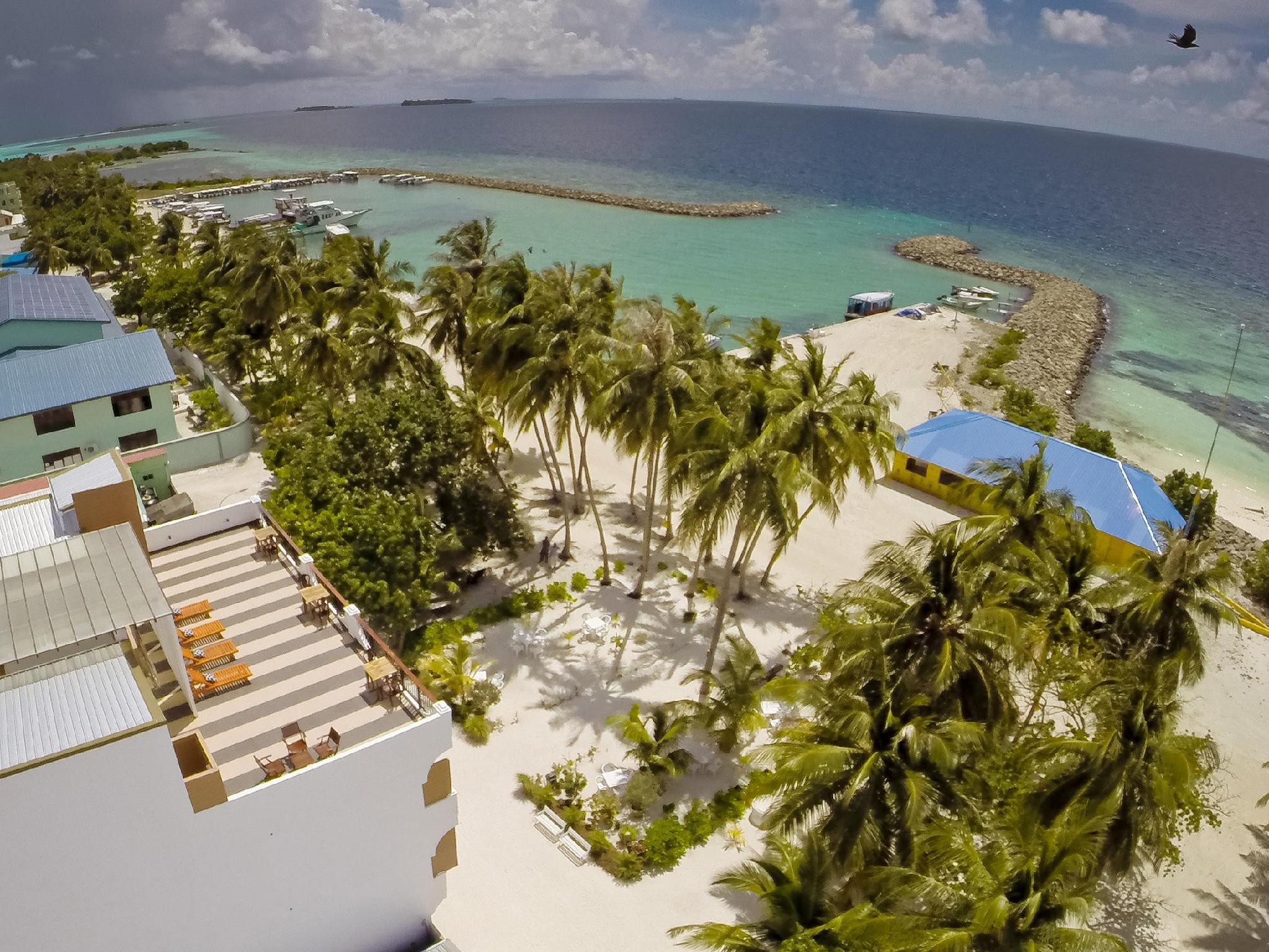 Crystal Sands Beach Hotel24
