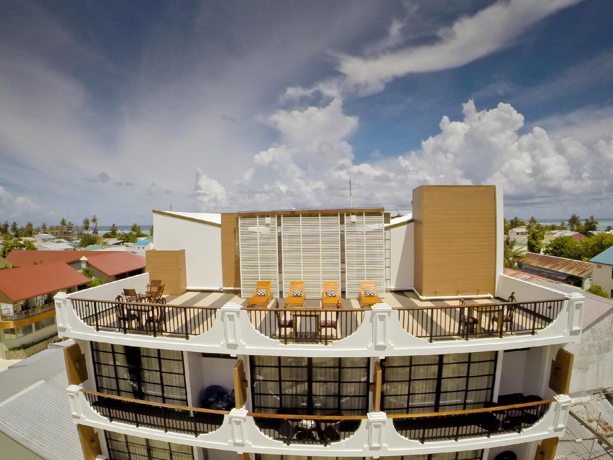 Crystal Sands Beach Hotel22