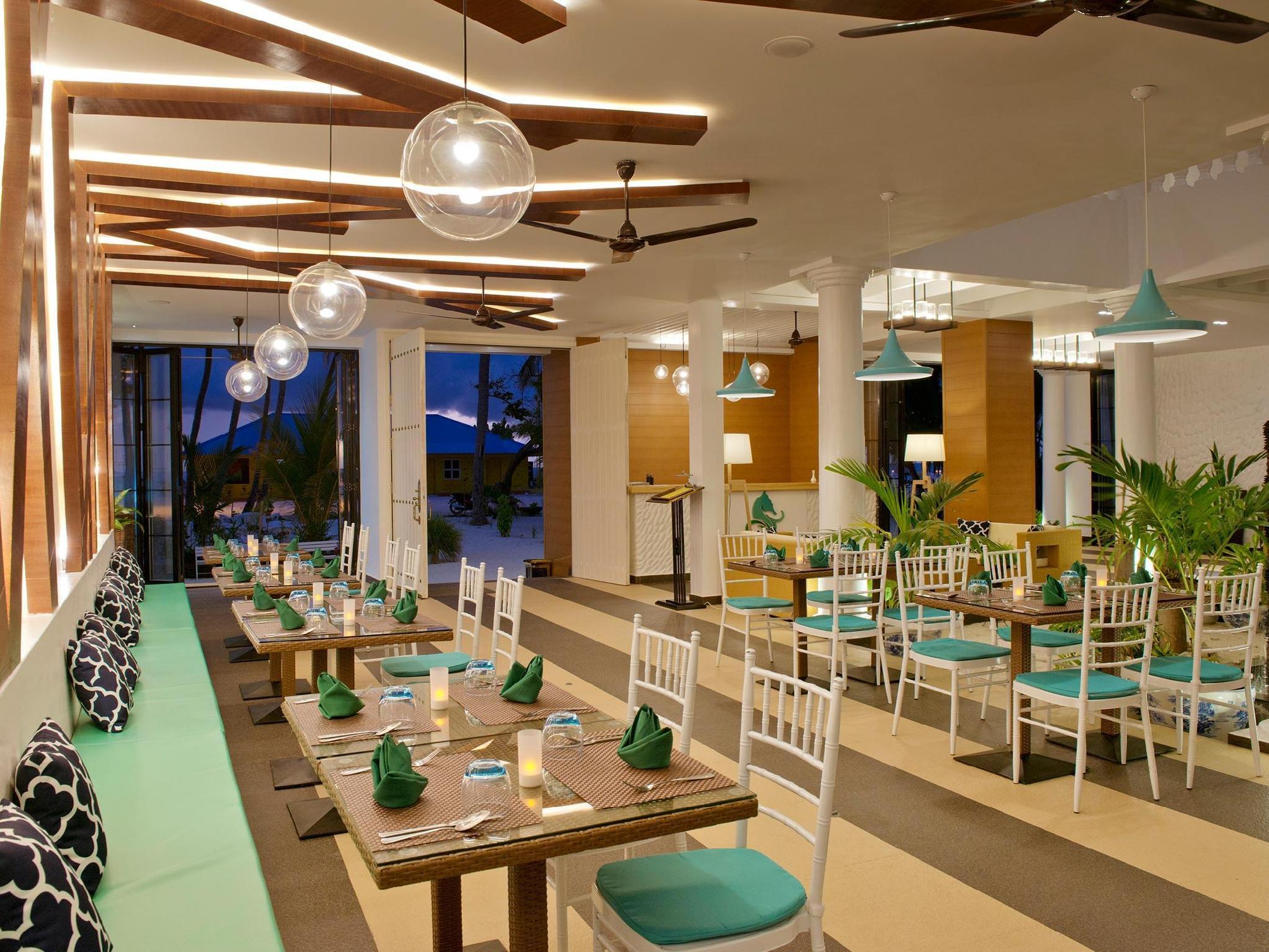 Crystal Sands Beach Hotel12