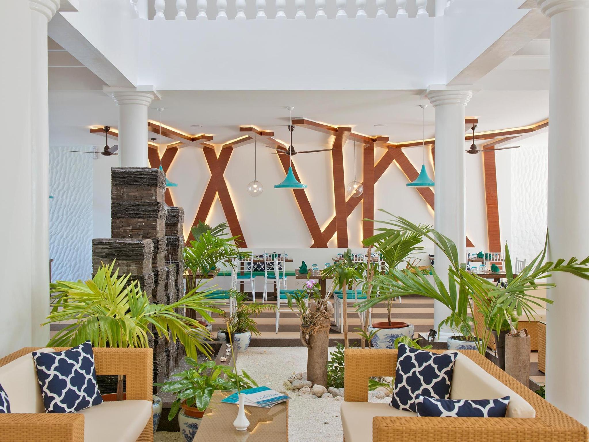 Crystal Sands Beach Hotel67