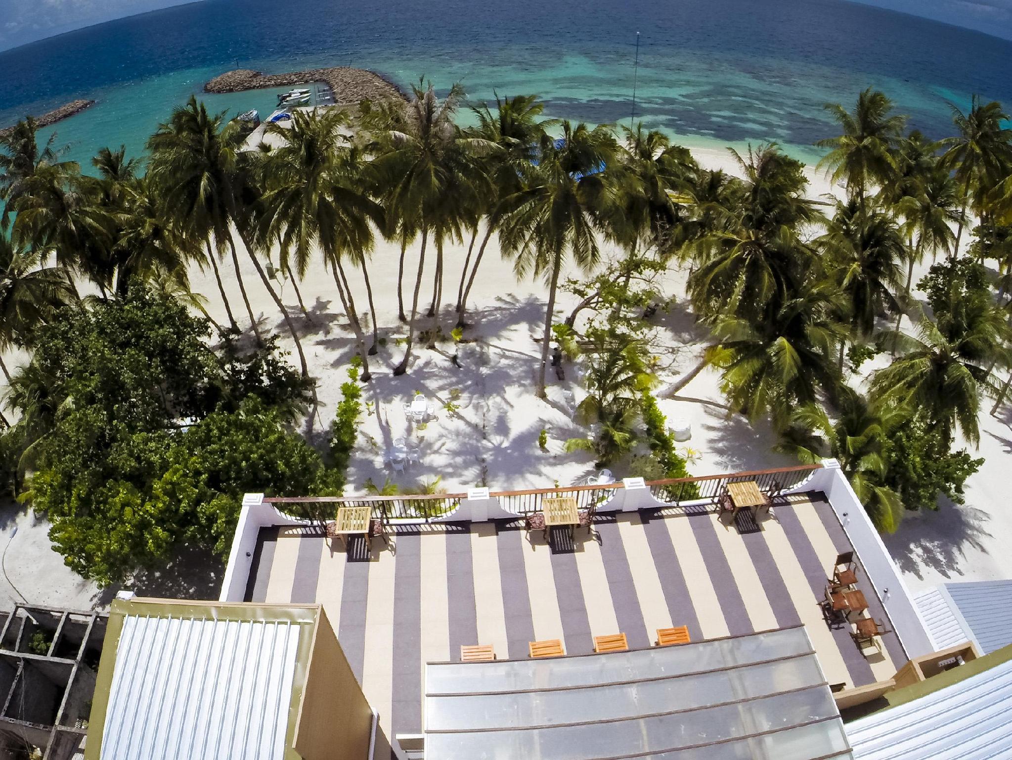 Crystal Sands Beach Hotel70