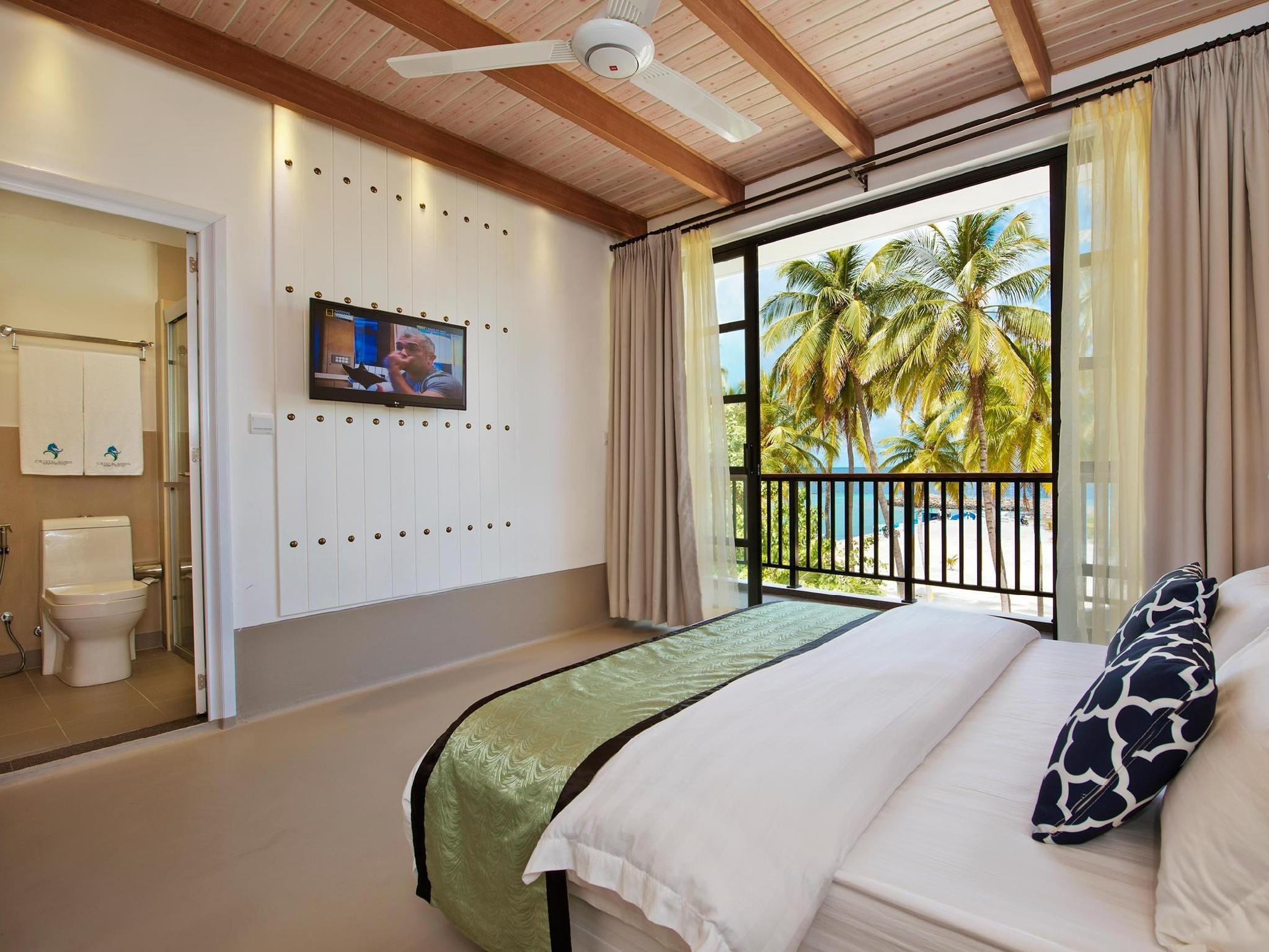 Crystal Sands Beach Hotel19