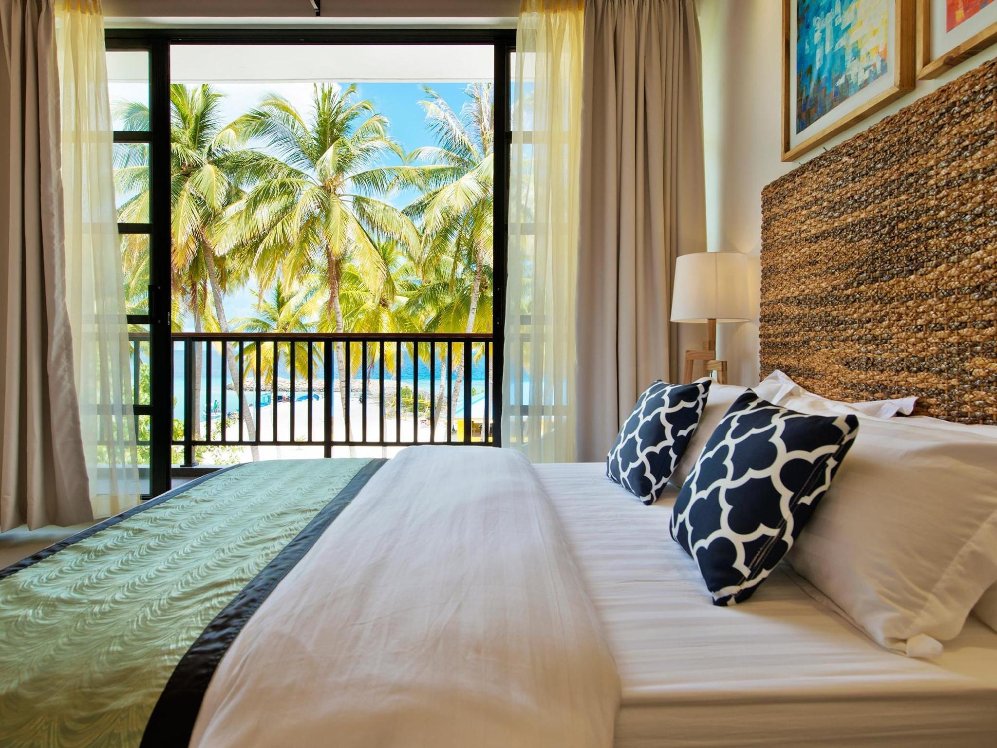 Crystal Sands Beach Hotel20