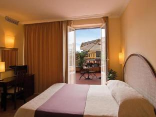 Hotel Novecento Roma
