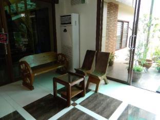 /lv-lv/qanaq-hotel/hotel/davao-city-ph.html?asq=3BpOcdvyTv0jkolwbcEFdjHxjdspxs67YKhB5xuWOsSMZcEcW9GDlnnUSZ%2f9tcbj